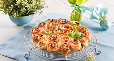 Rulouri cu mozzarella, dovlecei și busuioc - Galbani